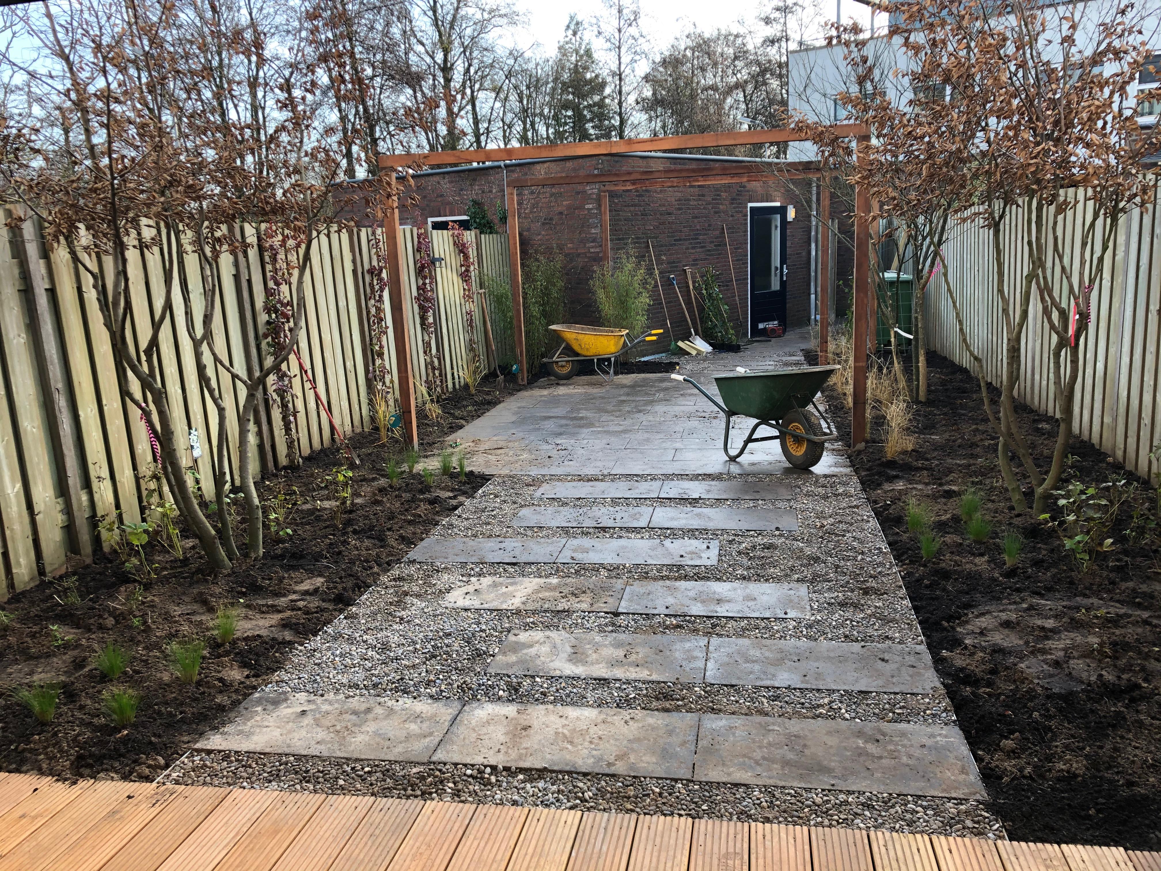 aanleg tuin eigentijds